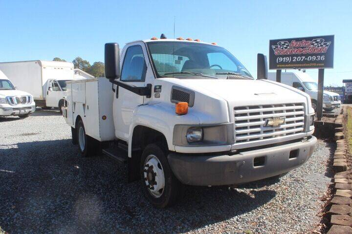 2007 Chevrolet C4500 for sale at Auto Connection 210 LLC in Angier NC