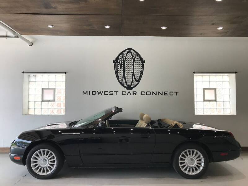 2005 Ford Thunderbird for sale at Midwest Car Connect in Villa Park IL