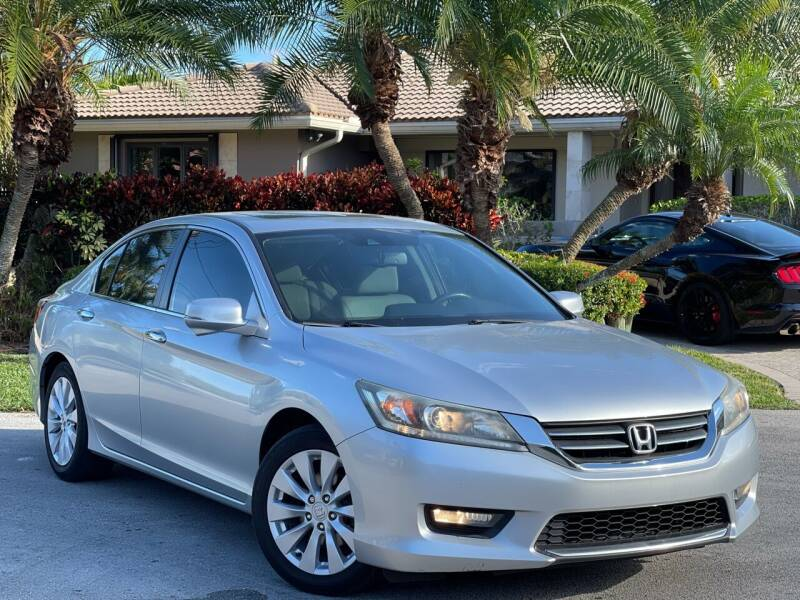 2014 Honda Accord for sale at Citywide Auto Group LLC in Pompano Beach FL