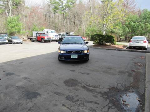 2004 Volvo S40 for sale at Heritage Truck and Auto Inc. in Londonderry NH