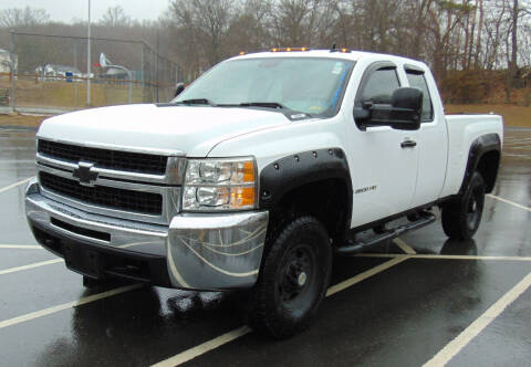 2007 Chevrolet Silverado 2500HD for sale at Lakewood Auto in Waterbury CT