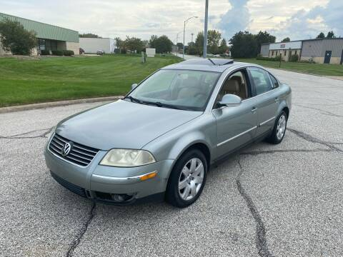 2005 Volkswagen Passat for sale at JE Autoworks LLC in Willoughby OH