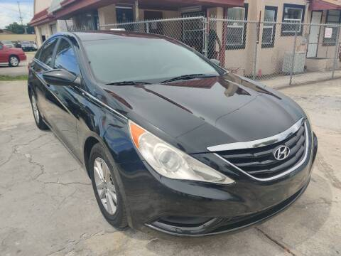 2011 Hyundai Sonata for sale at Advance Import in Tampa FL