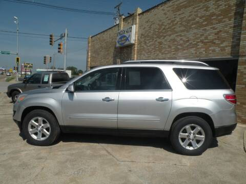 2007 Saturn Outlook for sale at Kingdom Auto Centers in Litchfield IL