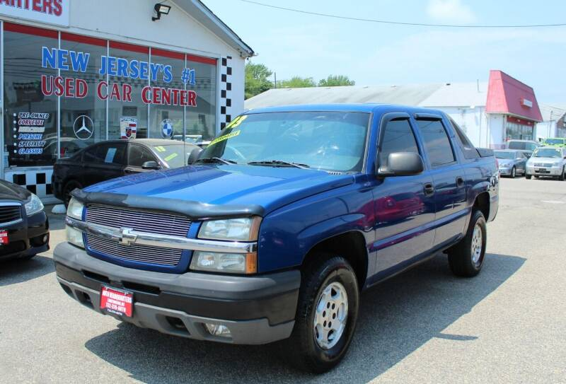 2003 Chevrolet Avalanche for sale at Auto Headquarters in Lakewood NJ