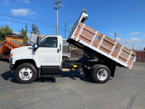 2005 GMC C6500 for sale at Dorn Brothers Truck and Auto Sales in Salem OR