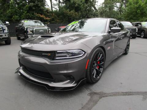 2017 Dodge Charger for sale at LULAY'S CAR CONNECTION in Salem OR