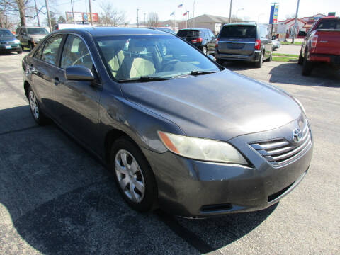 2007 Toyota Camry for sale at U C AUTO in Urbana IL