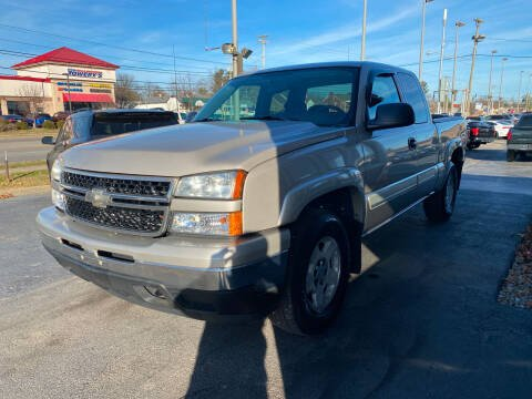 2006 Chevrolet Silverado 1500 for sale at Martins Auto Sales in Shelbyville KY