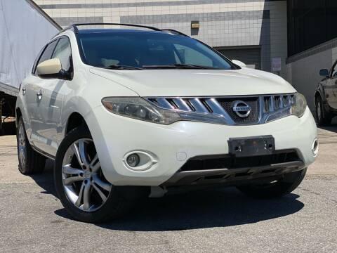 2009 Nissan Murano for sale at Illinois Auto Sales in Paterson NJ