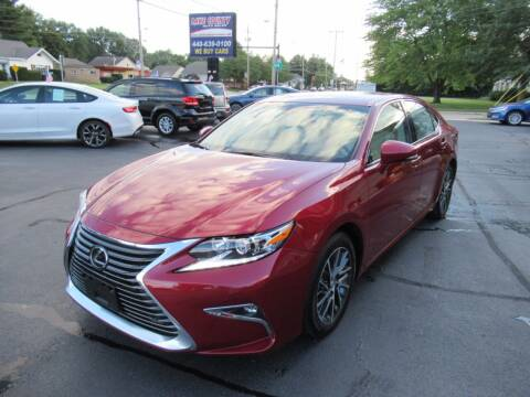2017 Lexus ES 350 for sale at Lake County Auto Sales in Painesville OH