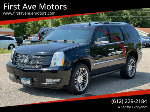 2013 Cadillac Escalade for sale at First Ave Motors in Shakopee MN