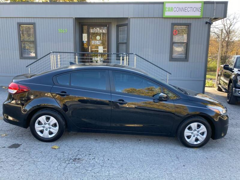 2017 Kia Forte for sale at Car Connections in Kansas City MO