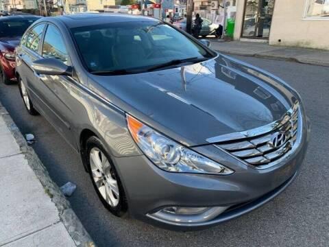 2013 Hyundai Sonata for sale at Deleon Mich Auto Sales in Yonkers NY