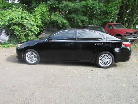 2014 Lexus ES 350 for sale at Nutmeg Auto Wholesalers Inc in East Hartford CT