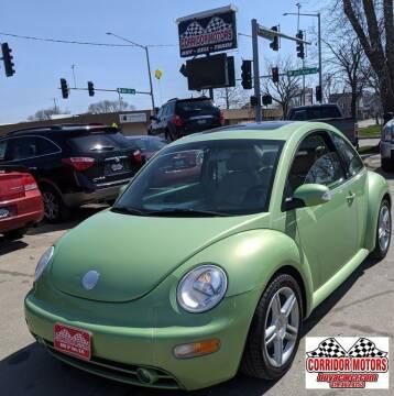 2004 Volkswagen New Beetle for sale at Corridor Motors in Cedar Rapids IA