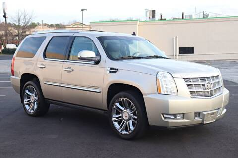 2013 Cadillac Escalade for sale at Auto Guia in Chamblee GA