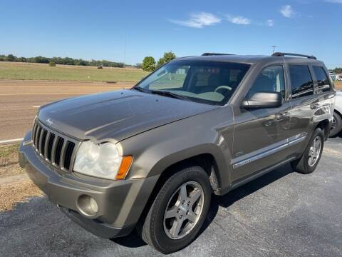 2006 Jeep Grand Cherokee for sale at Sartins Auto Sales in Dyersburg TN