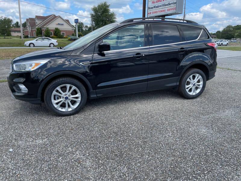 2018 Ford Escape for sale at Apple Auto Repair Inc / Christiana Auto Sales in Christiana PA