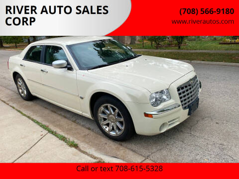 2006 Chrysler 300 for sale at RIVER AUTO SALES CORP in Maywood IL