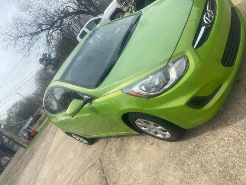 2013 Hyundai Accent for sale at Westside Auto Sales in New Boston TX