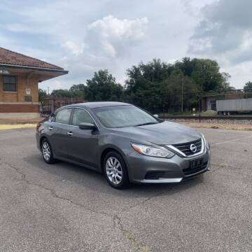 2017 Nissan Altima for sale at FIRST CLASS AUTO SALES in Bessemer AL