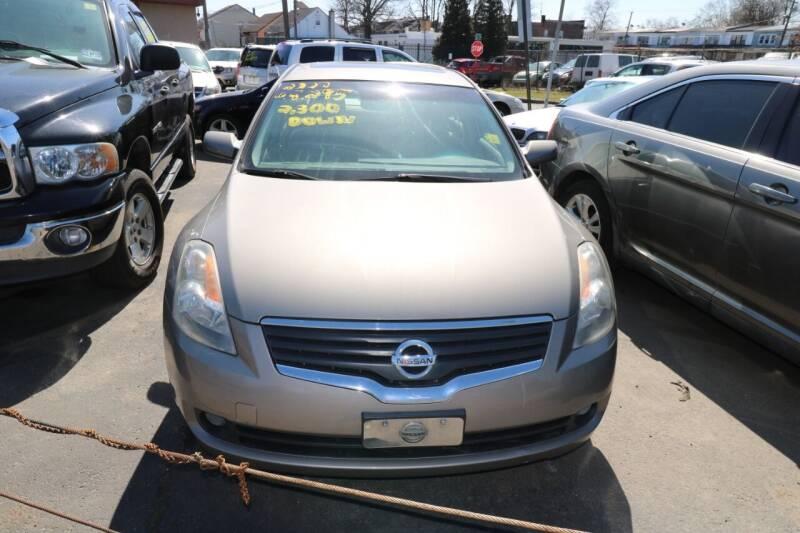 2007 Nissan Altima for sale at Urglavitch Auto Sales of NJ in Trenton NJ