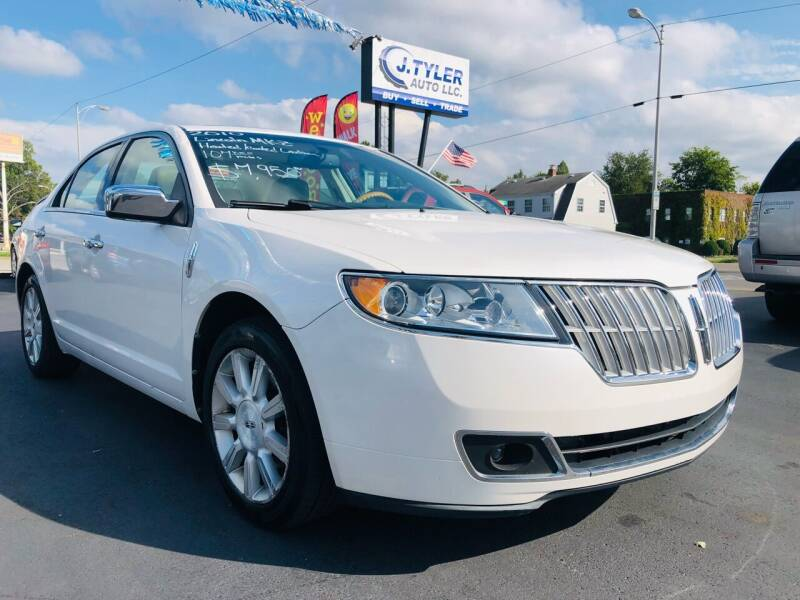 2010 Lincoln MKZ for sale at J. Tyler Auto LLC in Evansville IN