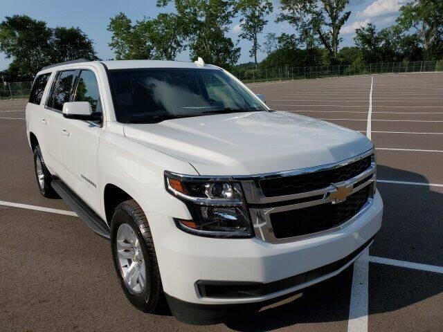 2017 Chevrolet Suburban for sale at CON ALVARO ¡TODOS CALIFICAN!™ in Columbia TN