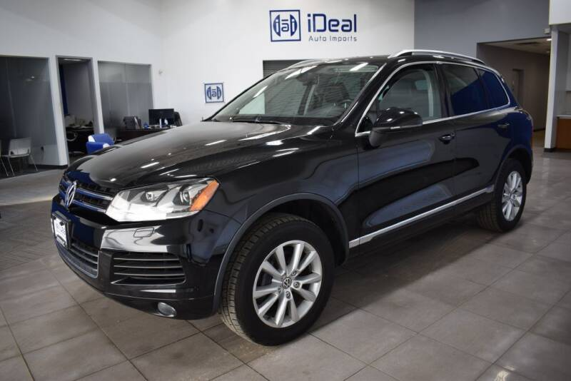 2014 Volkswagen Touareg for sale at iDeal Auto Imports in Eden Prairie MN