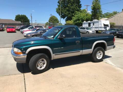 1999 Dodge Dakota for sale at Mike's Auto Sales of Charlotte in Charlotte NC