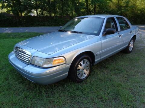 2004 Ford Crown Victoria for sale at Liberty Motors in Chesapeake VA