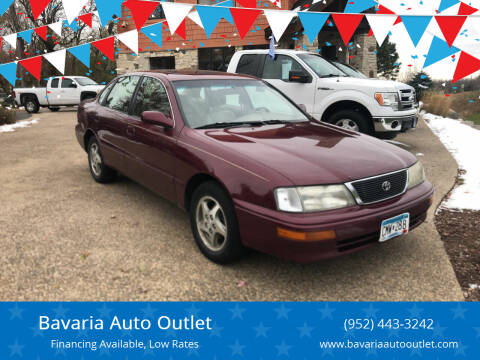 1997 Toyota Avalon for sale at Bavaria Auto Outlet in Victoria MN
