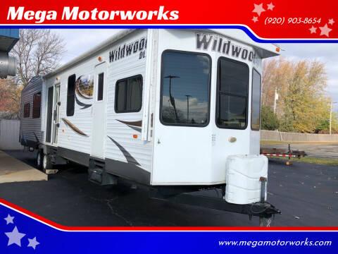 2013 Forest River DLX WILDWOOD for sale at Mega Motorworks in Appleton WI