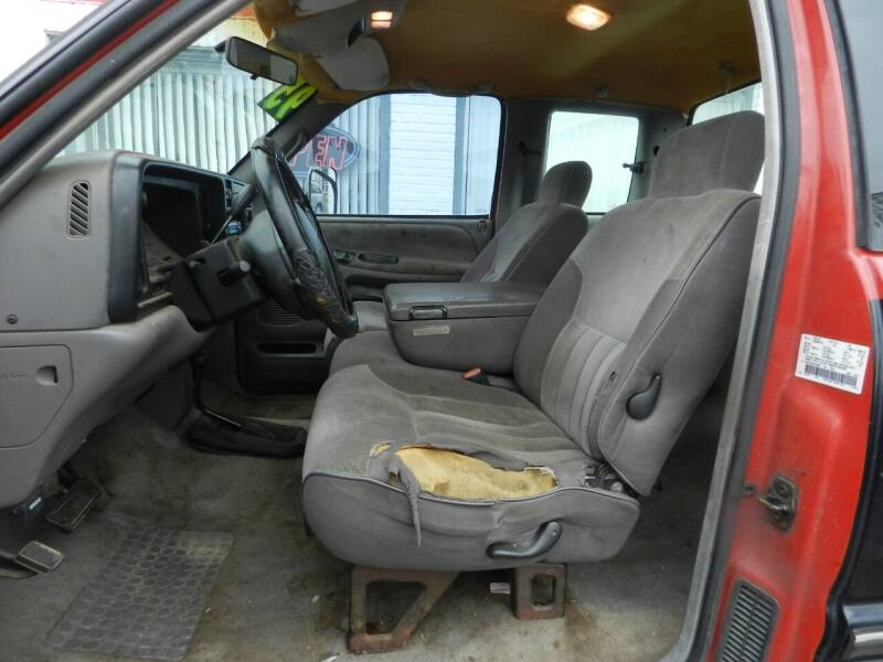 1995 Dodge Ram Pickup 3500 2dr ST 4WD Extended Cab LB DRW - Russellville OH
