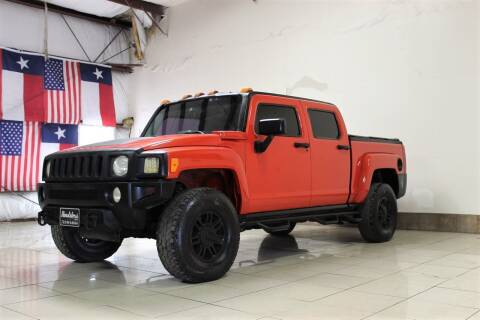 2009 HUMMER H3T for sale at ROADSTERS AUTO in Houston TX