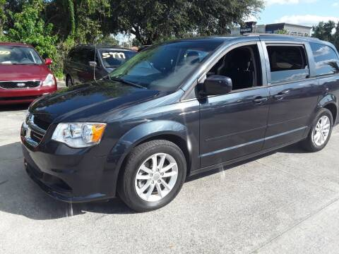 2014 Dodge Grand Caravan for sale at FAMILY AUTO BROKERS in Longwood FL