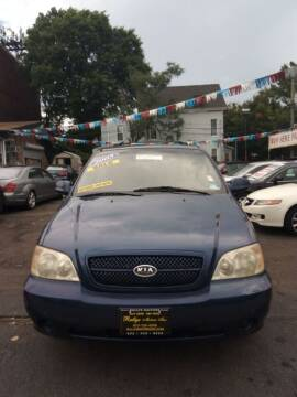 2005 Kia Sedona for sale at Rallye  Motors inc. in Newark NJ
