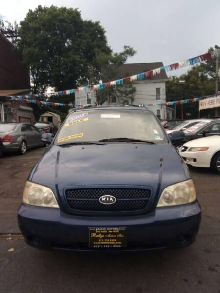 2005 Kia Sedona for sale at Rallye  Motors inc. in Newark NJ