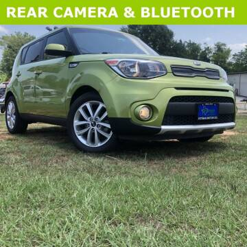 2017 Kia Soul for sale at PITTMAN MOTOR CO in Lindale TX