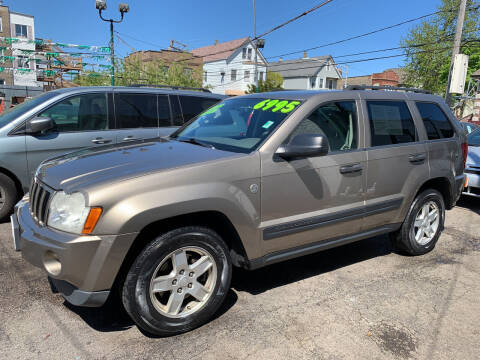 2006 Jeep Grand Cherokee for sale at Barnes Auto Group in Chicago IL