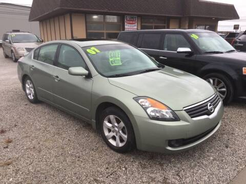2007 Nissan Altima for sale at G LONG'S AUTO EXCHANGE in Brazil IN
