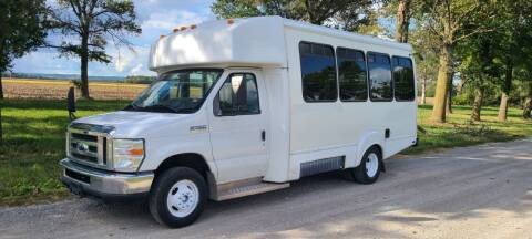 2009 Ford E450 Shuttle Bus for sale at Allied Fleet Sales in Saint Charles MO