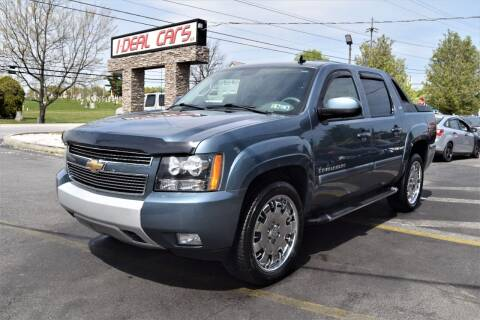 2009 Chevrolet Avalanche for sale at I-DEAL CARS in Camp Hill PA