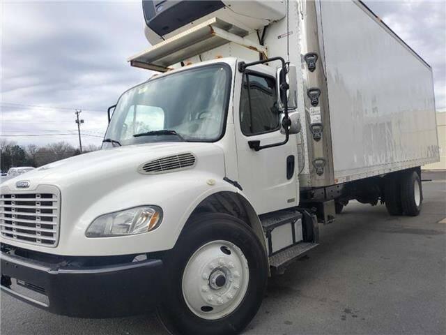 2012 Freightliner M2 106 for sale in Harrington, DE