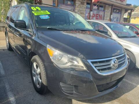 2009 Volkswagen Routan for sale at USA Auto Brokers in Houston TX