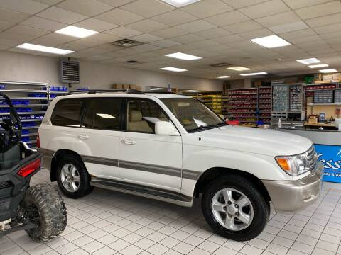 2003 Toyota Land Cruiser for sale at FIESTA MOTORS in Hagerstown MD