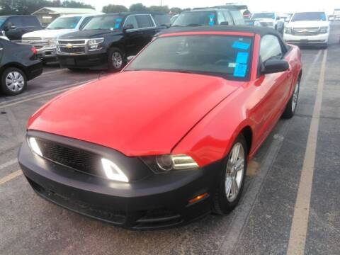 2014 Ford Mustang for sale at HERMANOS SANCHEZ AUTO SALES LLC in Dallas TX