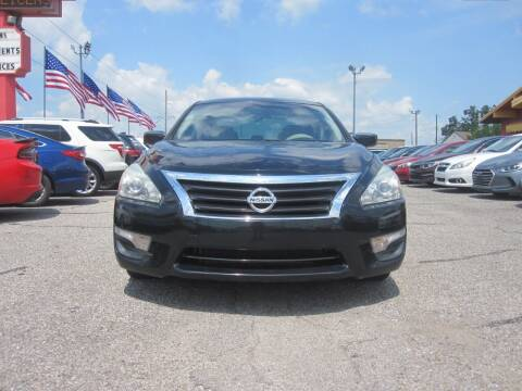 2015 Nissan Altima for sale at T & D Motor Company in Bethany OK