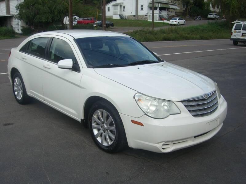 2010 Chrysler Sebring for sale at AUTOTRAXX in Nanticoke PA